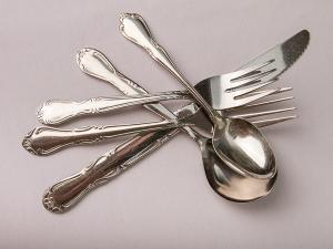 Melinda flatware set